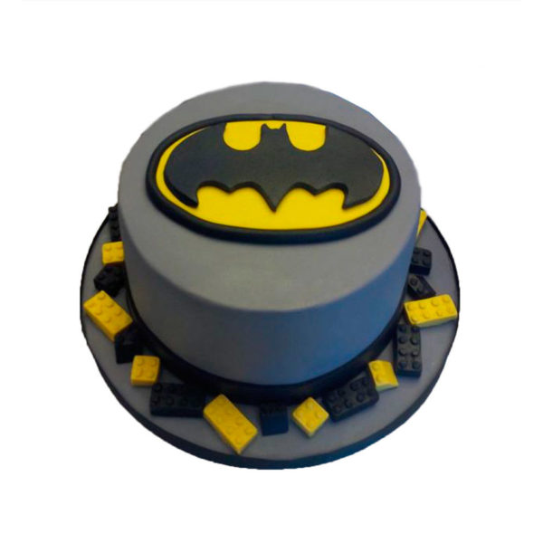 batman cartoon cake