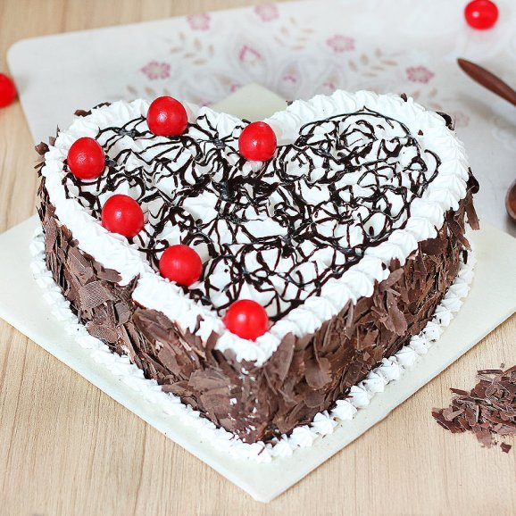 heart-shaped-black-forest