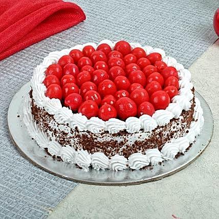 lovely-black-forest-cake