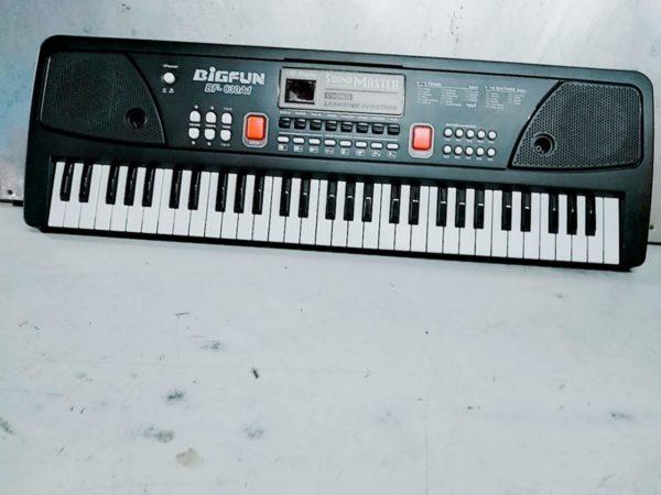 electronic keyboard BIGFUN BF- 630A1 61 keys piano