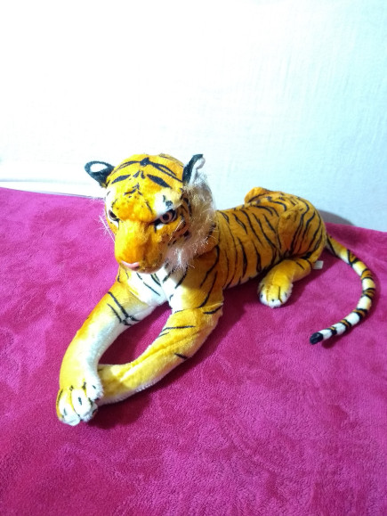 cute-stuffed-tiger
