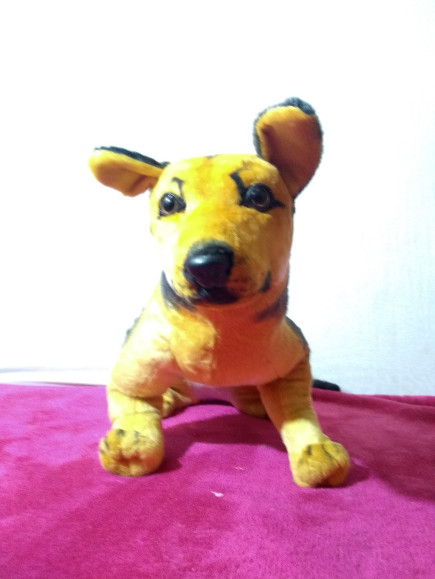 sitting-dog-stuffed-soft-toy
