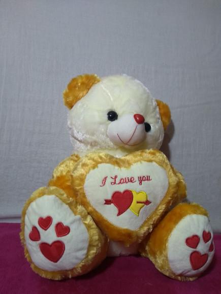 small heart teddy bear