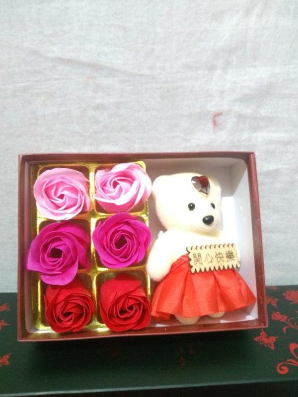 6-roses-teddy-gift